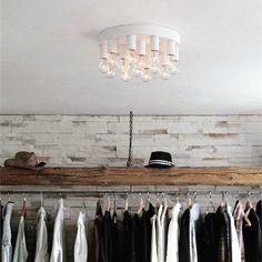Dekorer taket med denne nydelige taklampen. Facett taklampe fra @byrydens #lightupno #belysning #byrydens #bright #light #interiordesign #bedroom #bright #light #raw #interior #creativity #lamps #home #living #lifestyle #design #interior123 #nordiskehjem #nordiskdesign #interiørmagasinet #interiorinspirasjon #interior4all