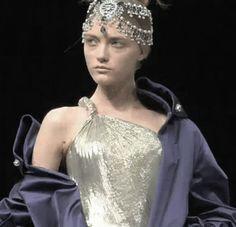 "versacegarbage: "" Vlada Roslyakova at Alexander McQueen FW 08 "" Runway Fashion, Fashion Beauty, Womens Fashion, Givenchy, Alexander Mcqueen, Vlada Roslyakova, British Fashion Awards, English Fashion, Hair Styles 2014"