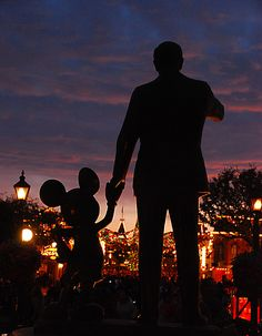 """Partners"" Walt and Mickey at Disneyland Christmas 2008 (by Knoxley)"