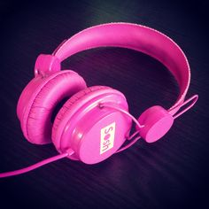 Le casque filaire #Sosh rose ! A retrouver dans la boutique #accessoires Sosh ;) #sound #music #play