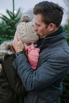 Warm hugs my all time favorite - Paarfotografie - Photo Couple, Couple Photos, Winter Couple Pictures, Hug Pictures, Shooting Couple, Les Sentiments, Winter Engagement, Country Engagement, Beach Engagement