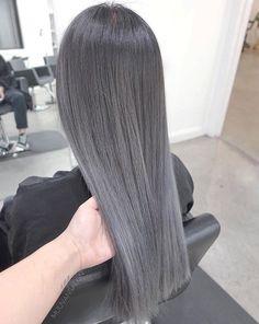 87 unique ombre hair color ideas to rock in 2018 - Hairstyles Trends Ombre Hair Color, Cool Hair Color, Blonde Color, Silver Grey Hair, Silver Ombre, Grey Wig, Natural Hair Styles, Long Hair Styles, Pinterest Hair