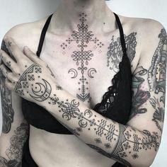 Fresh + healed ornaments by . - Fresh + healed ornaments from – tattoos – - Hand Tattoos, Body Art Tattoos, Sleeve Tattoos, Iris Tattoo, Buddha Tattoos, Dream Tattoos, Future Tattoos, Black Tattoos, Tribal Tattoos