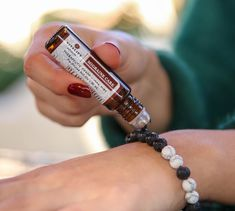 Another helpful way to use Migraine Care essential oil is applying it to your diffuser jewelry. Calm Bracelet is made of white howlite… Diy Bracelets Elastic, Making Bracelets With Beads, Wire Jewelry Making, Thread Bracelets, Bracelet Making, Diy Jewelry, Beaded Jewelry, Jewelry Ideas, Jewelry Bracelets
