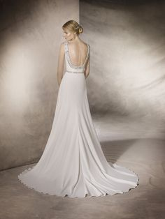 HALI is a delicate flare wedding dress with a bateau neckline in crepe, decorated with gemstone embroidery appliqué at the waist and on the back La Sposa Wedding Dresses, Elegant Wedding Dress, Bateau Neckline, Girls Dream, Bridal, Fashion Forward, Wedding Day, Gowns, Beautiful