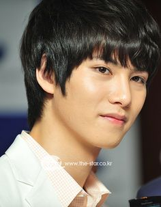 cnblue Lee Jong Hyun