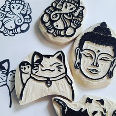 And more of my rubberstamps today......kreacaro in action  #rubberstamps #carvingrubberstamp #carving #stempel #buddha #smilingcat #schnitzen #iloveblogging #ilovecarving #japanese
