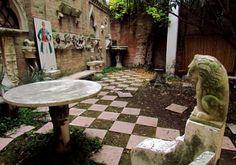 Casa di Corto Maltese in Venezia (Former Hugo Pratt's home). Cannaregio 5394/B - Rio Terà dei Biri Biro, Before I Die, Wonderful Things, Stepping Stones, Fairy Tales, Literature, Ships, Sea, Places