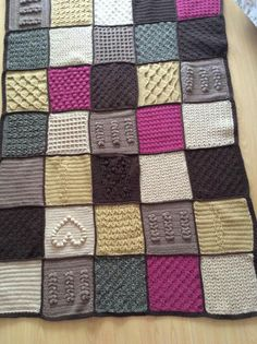 Scheepjes Blanket CAL 2016 (a variation) - In loving memory of the designer Marinke Slump (Wink)- Free Pattern available on Scheepjes Yarn Website Crochet Blankets, Baby Blankets, Cal 2016, Last Dance, Beach Blanket, Crochet Blanket Patterns, Granny Squares, Afghans, 2 Colours