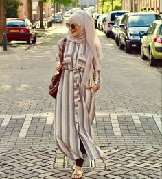 11 Top Teen Muslim Outfits Ideas for You to Have – Fashions Nowadays – Hijab Fashion 2020 Hijab Style Dress, Casual Hijab Outfit, Hijab Chic, Islamic Fashion, Muslim Fashion, Abaya Fashion, Fashion Dresses, Outfit Look, Hijab Fashion Inspiration