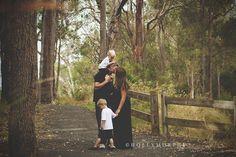 maternity family christmas photo | Wardle Family | Manjimup Family and Maternity Photographer