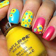 Выразительный сине-желтый маникюр (35 фото) - Дизайн ногтей