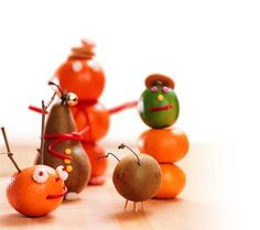 Fruit Figurines: Time for the kids to having fun playing with their food @YahooMakers