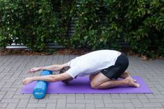 Foam-Roller Stretches For Swimmers With Neck And Shoulder Pain - mindbodygreen. - Peta L. Neck And Shoulder Stretches, Neck And Shoulder Pain, Neck And Back Pain, Shoulder Exercises, Shoulder Pain Relief, Neck Pain Relief, Headache Relief, Stretches For Swimmers, Yoga Sequences