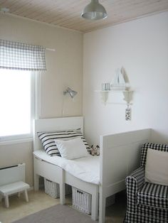 mini sweet white and gingham kids room