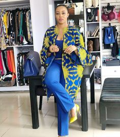 Latest Weekend Ankara Styles 2018 These days I noticed the weekend is never far again as it used to be, I've learnt to start preparing fo. Latest Ankara Dresses, Ankara Dress Styles, Trendy Ankara Styles, African Print Dresses, African Dress, Ankara Tops, Ankara Skirt, Blouse Styles, African Fashion Ankara
