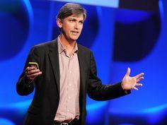 Steven Johnson propõe em sua apresentação de pouco mais de 15 minutos, no TED, uma sugestão para refletir sobre o tema 'de onde vêm as ideias'. Saiba mais sobre a importância de compartilhar e como surgiu o GPS.