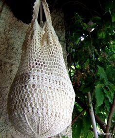 crochet beach pouch -- mom please create this!