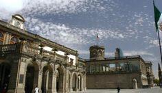 El Castillo de Chapultepec y otros lugares con actividades culturales en Distrito Federal están en esta guía:http://mxcity.mx/que-hacer/
