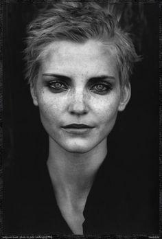 Nadja Auermann by Peter Lindbergh … Sinn und Sinnlichkeit, Marie Claire German, June 1996 … Nadja Auermann (born 19 March 1971), German, fashion model/actress, ranked 'Industry Icon' … nineteennineties …