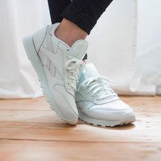 Sneakers femme - Reebok classic x face Stockholm