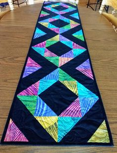 Trendy Ideas For Patchwork Table Runner Triangles Patchwork Table Runner, Table Runner And Placemats, Quilted Table Runners, Quilted Table Runner Patterns, Small Quilts, Mini Quilts, Lap Quilts, Quilt Block Patterns, Quilt Blocks