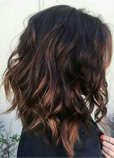 layered brunette lob hair ideas for women - Long Bob Frisuren Brunette Lob, Lob Hairstyle, Hairstyle Ideas, Makeup Hairstyle, Lob Haircut Thick Hair, Haircuts For Wavy Hair, Choppy Bob Hairstyles, Fade Haircut, Lobs For Curly Hair