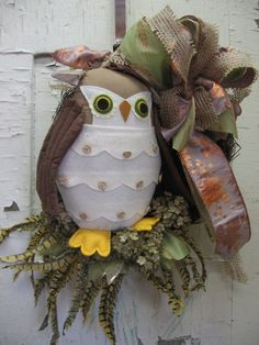 Burlap Owl Wreath | FALL OWL burlap and shimmer ribbon with florals and feathers wreath ...
