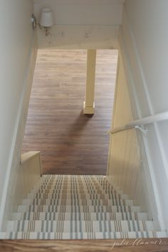 basement flooring How to Redo Basement Stairs on a Budget with Indoor Outdoor Stair Runners All the details to makeover stairs with cost efficient, easy to clean stair runners! Pretty and practical basement stair ideas. Small Basements, Basement Ceiling, Diy Remodel, Basement Decor, Diy Basement, Basement Staircase, Stair Runner, Stairs, Basement Stairs