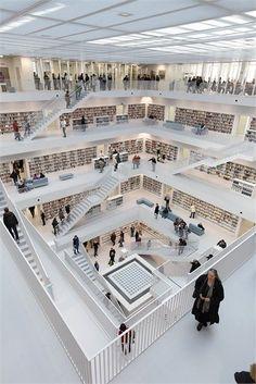 Stadtbibliothek am Mailänder Platz, Stuttgart, 2011