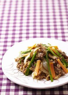 プルコギ のレシピ・作り方 │ABCクッキングスタジオのレシピ | 料理 ... 下味用の韓国ダレは、ほかにも色々使えて便利です♪ホタテやいかを炒めても美味しく、適量のお酢を足せばドレッシングにも!