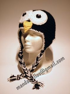 pinguino. gorro de lana hecho a mano.
