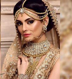 Bride's jewellery