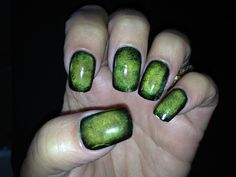 Zombie Nails #nails #manicure #halloween