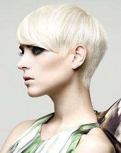 Peinados a la Moda: Pelo Corto Elegante para Fin de Año 2012
