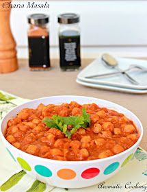 Aromatic Cooking: Chana Masala (Chickpeas Curry)