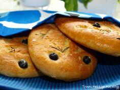 Fougasse » TRINEs MATBLOGG Savory Snacks, Bagel, Hamburger, Recipies, Food And Drink, Baking, Drinks, Recipes, Bread Making