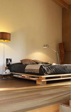 Japanische Futonbetten futonbett wird aus massiver kiefer gefertigt und ist in