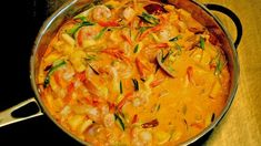 - luksuspanne med Laks og Kreps - One-Pan Salmon and Shrimp Stew - spiced with Saffron and Curry,- Leek, Fennel and Apple is the green one. Salmon And Shrimp, Fish And Seafood, Shrimp Stew, Nordic Recipe, Great Recipes, Favorite Recipes, Asian Recipes, Ethnic Recipes, Laksa