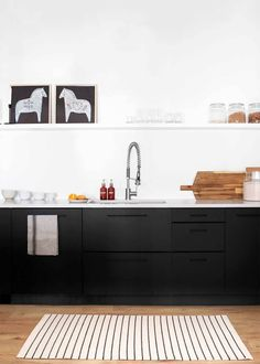 Pinch of Yum Studio Kitchen and Dining Room Reveal - The Faux Martha Minimalist Scandinavian, Scandinavian Kitchen, Minimalist Kitchen, Scandinavian Style, Studio Kitchen, Kitchen Dining, Dining Room, Ikea Cabinets, Black Cabinets