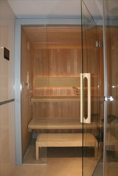 Sauna Comfort Line w Hotelu Golden Tulip Warsaw @saunaline #producentsaun #saunadomowa sauna, saunas, spa, spas, wellness, warm, hot, relax, relaxation, light, music, aromatherapy, luxury, exclusive, design, producer, health, wood, glass, project, hemlock, abachi, Poland, benefits, healthy lifestyle, beauty, fitness, inspirations, shower, bathroom