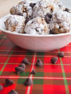 Peanut Butter Snowballs | Holiday Treat