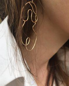 Tiny Star Earrings/ Diamond Star Earrings in Solid Gold/ Tiny Diamond Earrings/ Tiny Stud Earrings/ Tiny Diamond Studs/ Valentines Day - Fine Jewelry Ideas Thin Hoop Earrings, Face Earrings, Statement Earrings, Dangle Earrings, Teardrop Earrings, Silver Earrings, Gold Fashion, Fashion Jewelry, Fashion Gone Rouge