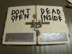 Creepy Hospital Doors Cake from the Walking Dead... This website is the Pinterest of birthday cake ideas