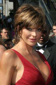 Lisa Rinna sassy hairstyle