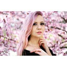 【macanovicphotography】さんのInstagramをピンしています。 《#cherryblossoms #photography #portrait #girl #pink #nikon #mywork #macanovicphotography》