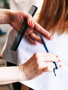 10 Dinge, die dir dein Friseur insgeheim gerne mal sagen würde | Stylight