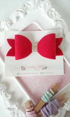Hey, I found this really awesome Etsy listing at https://www.etsy.com/uk/listing/241625646/oversized-red-felt-bow-hair-clip-red