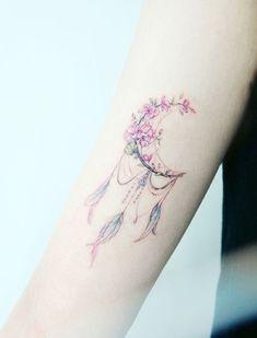 Ultra Pretty Tattoos for Women 2018 - tattoos - Tattoo Designs for Women Dream Tattoos, Mini Tattoos, Trendy Tattoos, Flower Tattoos, Body Art Tattoos, Small Tattoos, Tatoos, Feminine Tattoos, Girly Tattoos