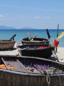 What To Do In Three Weeks In Vietnam Cheap Web Hosting, Southeast Asia, Places To See, Vietnam, Destinations, Boat, Photography, Travel, Fotografie